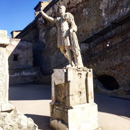 Ruins of Herculaneum: photo0.jpg