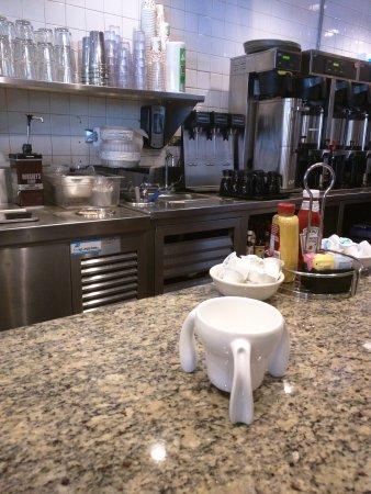 Highland Park, IL: Max's Deli & Restaurant