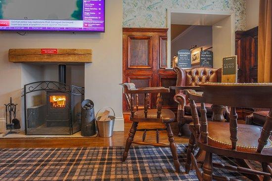 Glossop, UK: Wood burner