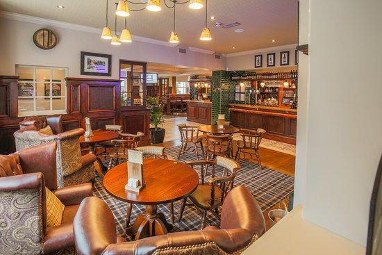 Glossop, UK: Lounge area