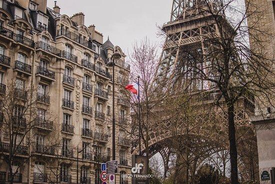 Cultival: Torre Eiffel desde la Calle