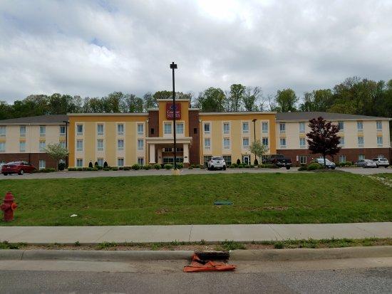 Marietta, OH: 20170425_112856_large.jpg