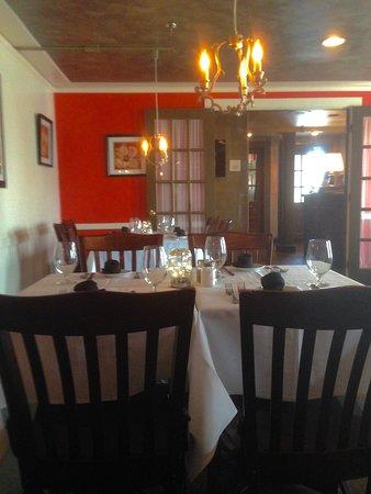 Andover, ماساتشوستس: Cozy dining room