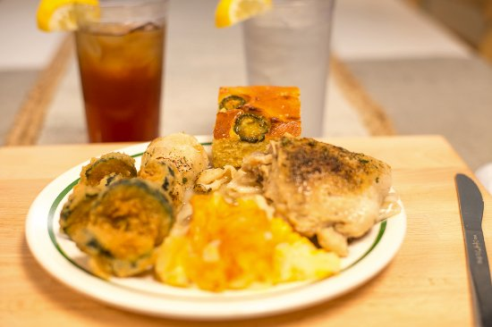 Little River, SC: Come taste southern food at it's finest!