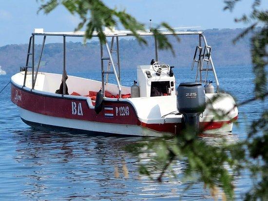 Playa Hermosa, Costa Rica: Legend, dive boat
