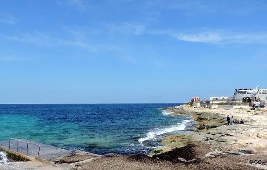 Bugibba, Malta: La plage de Buggiba