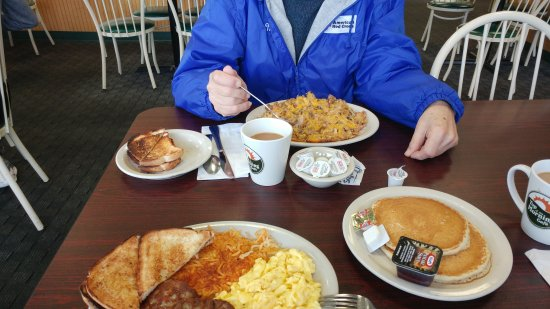 Utica, NY: Top of the morning cafe
