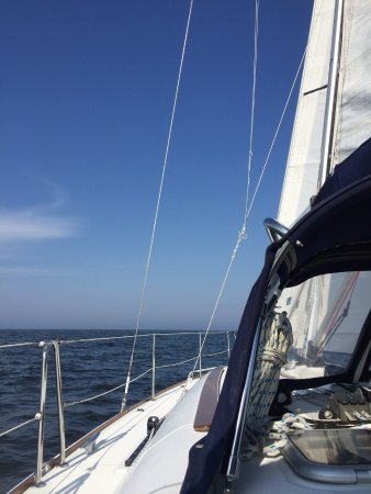 Sail Solomons