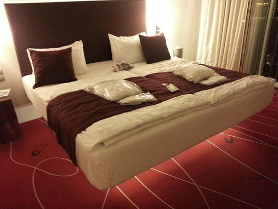 Schwebendes Bett schwebendes bett in der suite picture of otel budapest