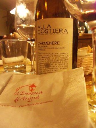 Arquà Petrarca, Italien: ...ebbene si, anche il vino sa il fatto suo