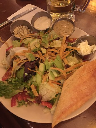 Woodbury, MN: Chicken tortilla soup, French dip, salad