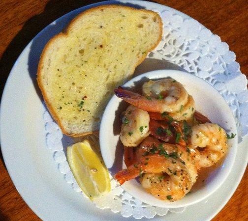 Langley City, Канада: Appetizer: Garlic Prawns