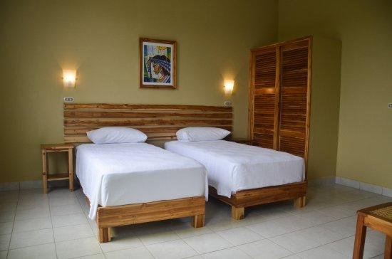 Jinotepe, Nicaragua: cuarto doble con baño propio