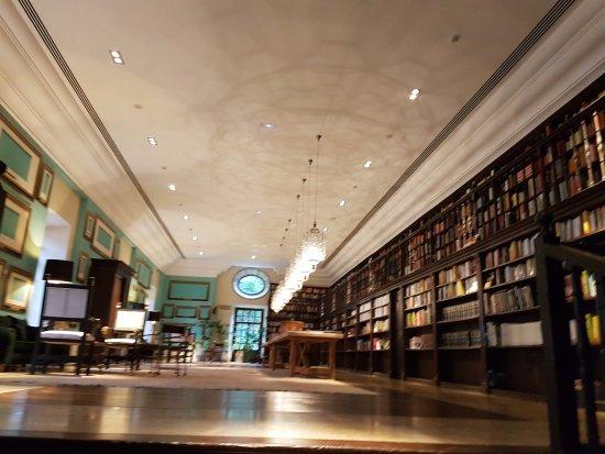 Cangas del Narcea, Espagne : Biblioteca