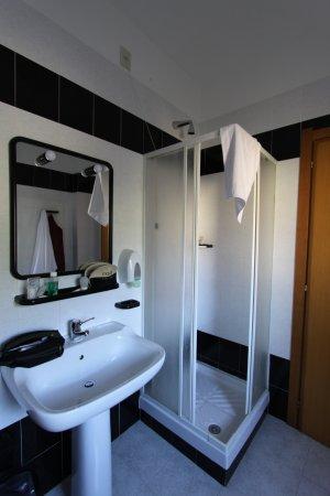 Ferrandina, Italië: bagno della camera n° 101