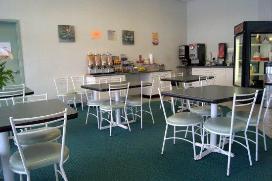 Neepawa, Canada: Breakfast Area