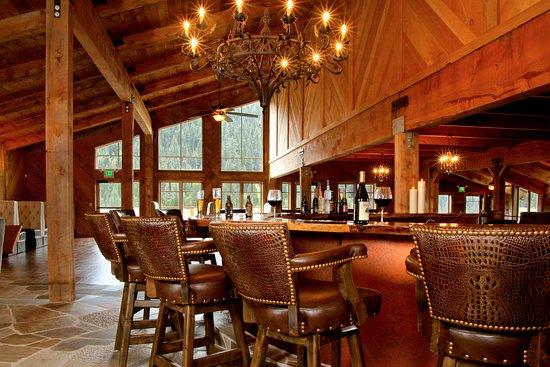 Mill Creek, كاليفورنيا: Highlands Ranch Restaurant and Bar