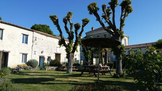 Soubran, France: Domaine la Fontaine