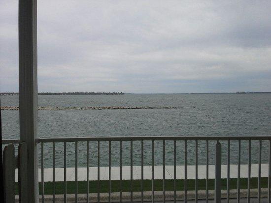 Celina, OH: Private Balcony