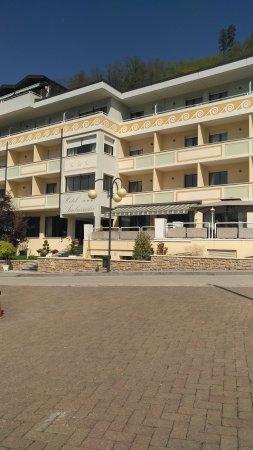 Hotel Ambassador : IMG-20170423-WA0008_large.jpg