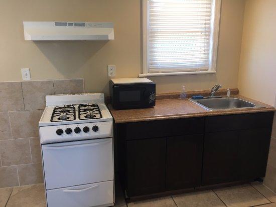 Seaside Heights, NJ: 3 BR Apartment Kitchen
