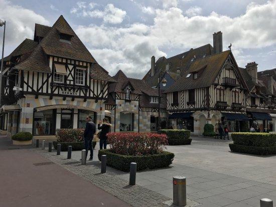 Deauville, Francja: photo2.jpg