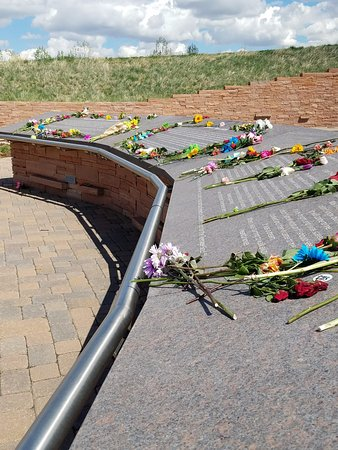 Littleton, CO : Pretty flowers all over the memorial this weekend on the anniversary