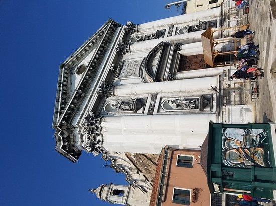 Chiesa dei Gesuati o Santa Maria del Rosario : 20170425_220403_large.jpg