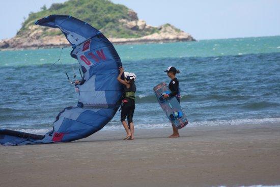 North Kiteboarding Club: khan tao beach, Veronica and Julia