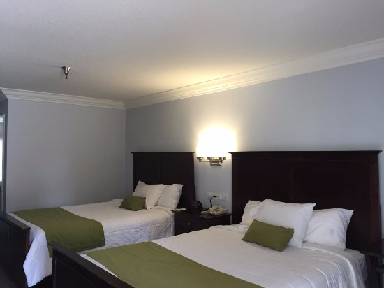 Days Inn Near City of Hope: 2 BEDS