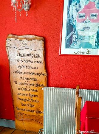 Ariege, France: Déco à l'intérieur...