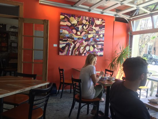 Carmo: Fresh, lively with Caribbean/Asian flavours.  Staff is fabulous, food is so healthy.  Had the fu