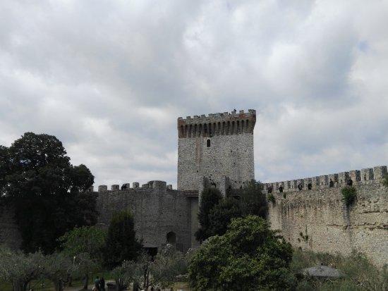 Castiglione del Lago, Italy: IMG_20170425_114651_large.jpg
