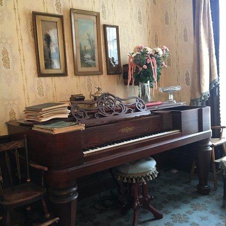 Paris, Canadá: Piano