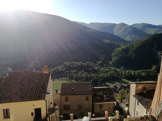 Montefranco, Italie : IMG_20170422_080252_large.jpg