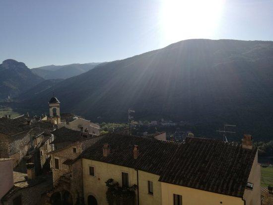 Montefranco, Italie : IMG_20170422_080258_large.jpg