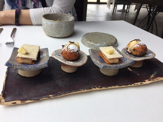 Petit fours picture of bonamb restaurant javea for Petit four cuisine
