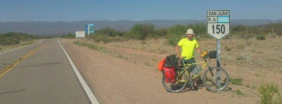 Ruta Escénica RN° 150: viaje en bicicleta para conocer los parques Ischigualasto y Talampaya y el mundo de los dinosaur