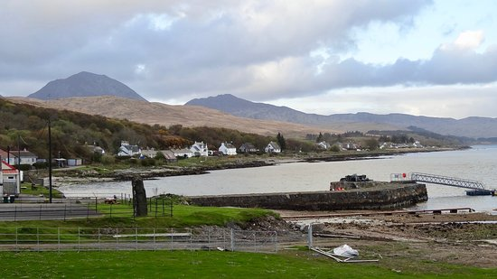 Isle of Jura, UK: The view from the front door