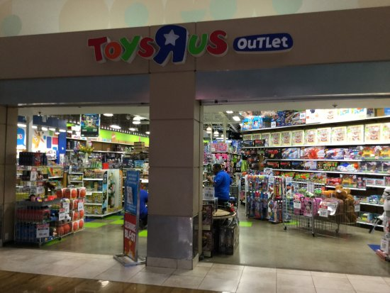 Welcome to Sawgrass Mills, the largest outlet and value retail shopping destination in the United States. With more than stores, including outlet locations from Nike, Tommy Hilfiger, Ralph Lauren and Gap, plus value retailers OFF 5th Saks Fifth Avenue, Bed Bath & Beyond, Target, Marshalls and electronics superstore, BrandsMart USA, Sawgrass Mills has everything from.