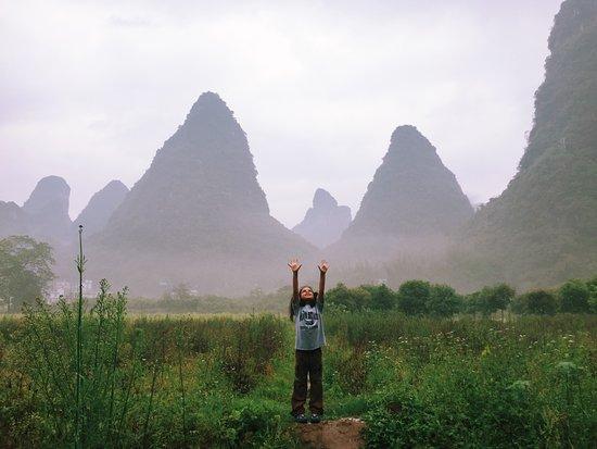 Yangshuo Mountain Retreat: An early morning walk