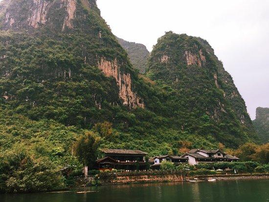 勝地度假山莊照片