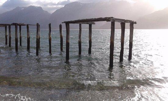 Tierra del Fuego, شيلي: Vista del Seno Almirantazgo, Tierra del Fuego, Caleta María, Patagonia profunda. Chile.