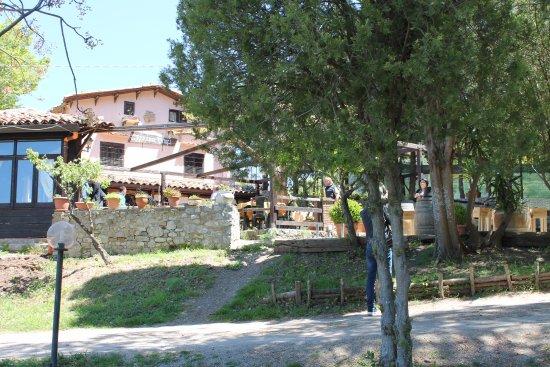 Collesano, Italy: Ingresso principale del casale dei Drinzi.