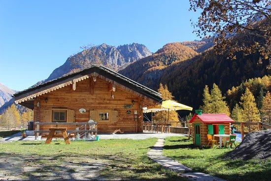 Camping casa bianca hotel ceresole reale italia prezzi for Opzioni esterne della casa