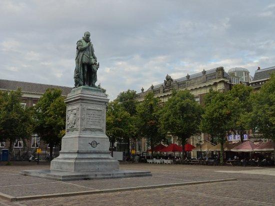 Plein Den Haag uit 1632