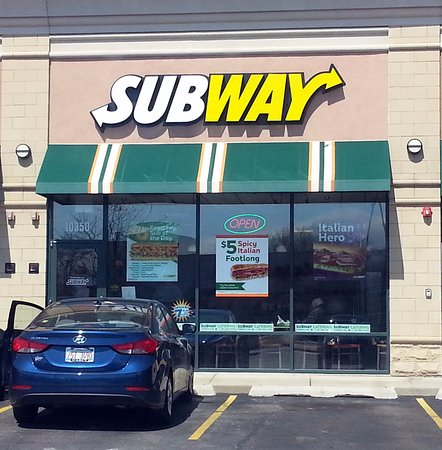 Westchester, IL: front of & entrance to Subway