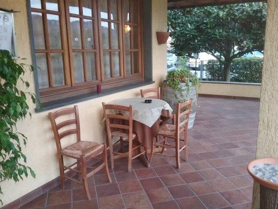Camaiore, Italien: veranda