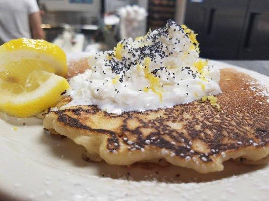 Auburn, Καλιφόρνια: Lemon pancake