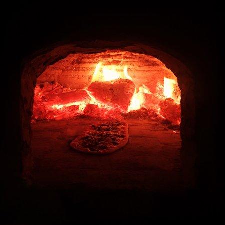 Popoyo, Nikaragua: Oven pizza & fresh catch of the day @ TABERNA 99